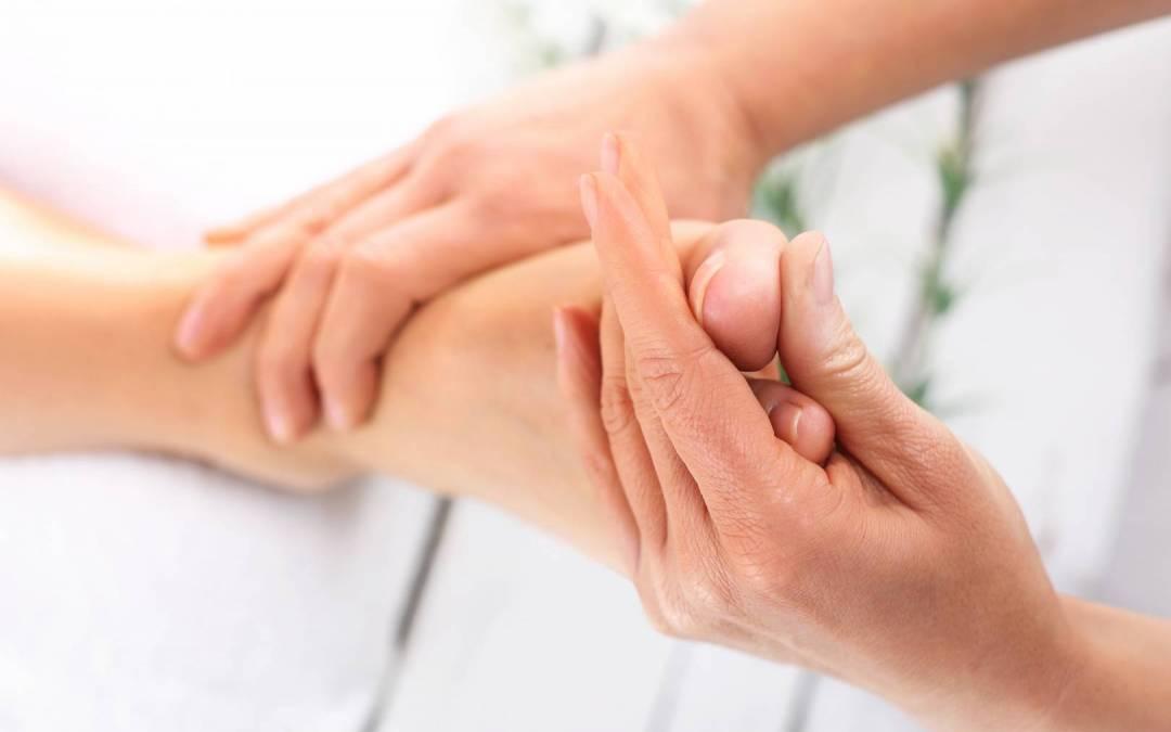 Paluch sztywny – przyczyny, objawy, leczenie