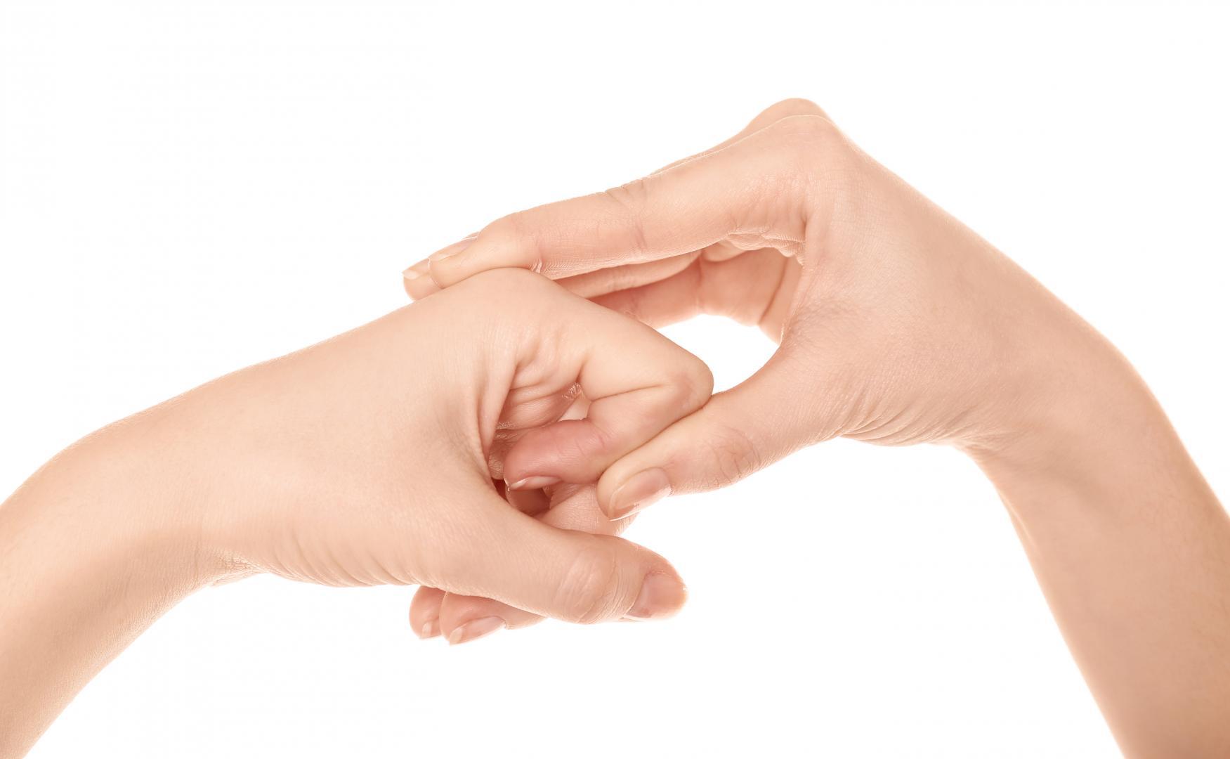 trzaskający palec