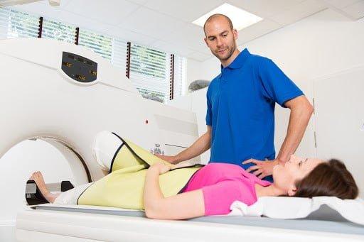 Rezonans magnetyczny stopy